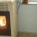 Dormir en Samos en Invierno con estufa de pelite